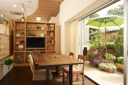 相談会はカフェのような「三友styleスタジオ」で。リラックスした雰囲気の中、家づくりの話をしませんか?