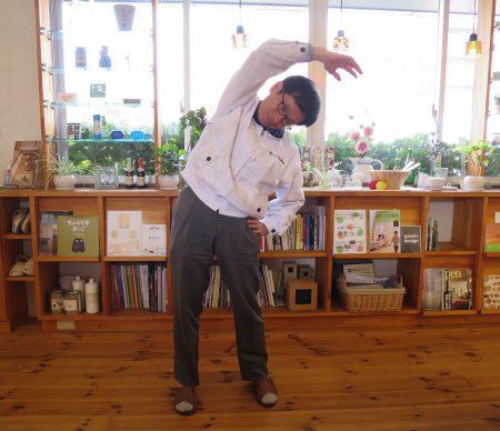 ▲社長も会社にいる時はラジオ体操です