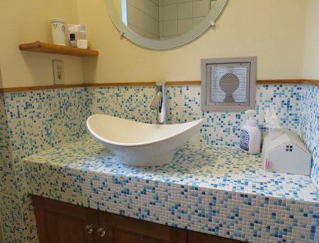 ★施工例① 三友工務店1階のトイレの洗面台です
