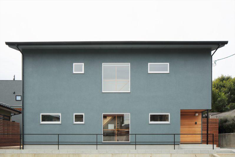 イメージ:窓の配置も印象的なすっきりと美しい外観