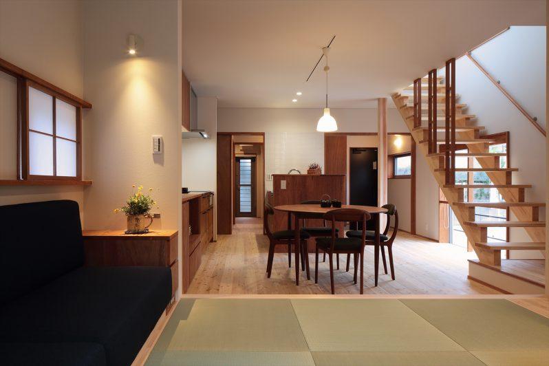 イメージ:廊下などを省いたために室内は坪数以上の広々感
