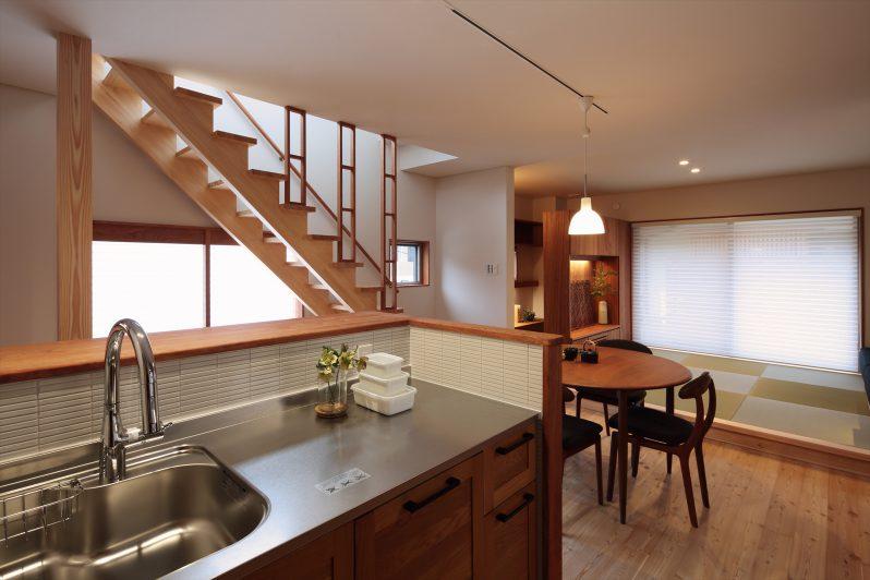 イメージ:ワンルームの1階はキッチンから全てがお見通し