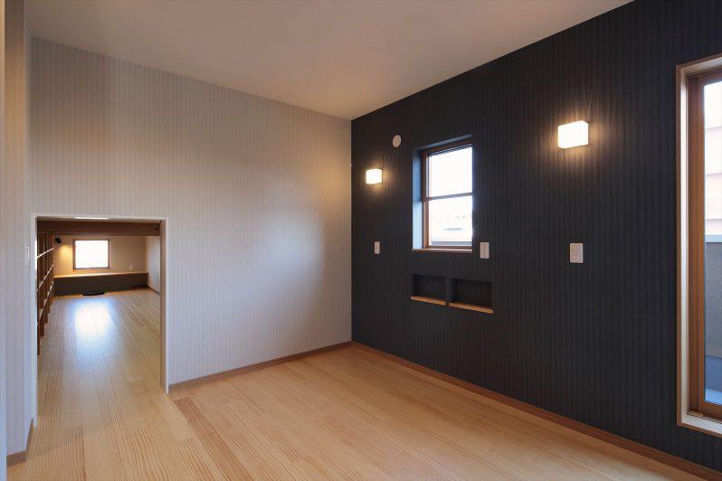 イメージ:2階の広いロフトにつながる部屋